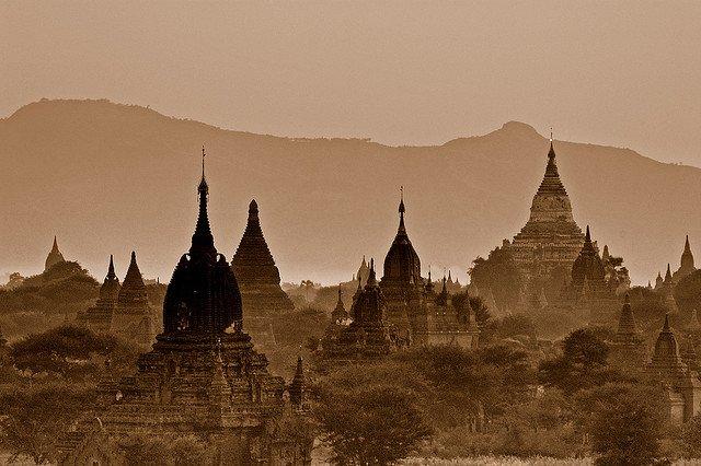 Burma Myanmar - Visiting Burma on GlobalGrasshopper.com