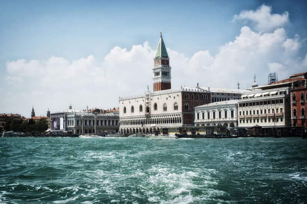 Venice Lagoon - Venice in Big Pictures on GlobalGrasshopper.com