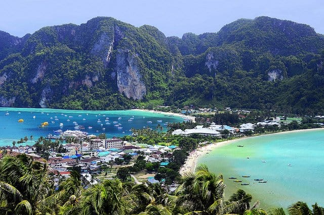 Koh Phi Phi - most beautiful islands in Thailand on GlobalGrasshopper.com