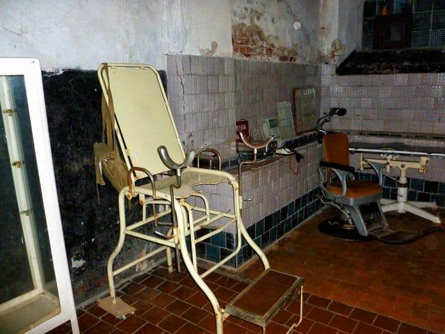 Medical examination, Karosta Prison, Latvia on GlobalGrasshopper.com