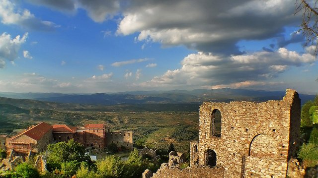 Mystras - most beautiful places to visit in Greece on GlobalGrasshopper.com