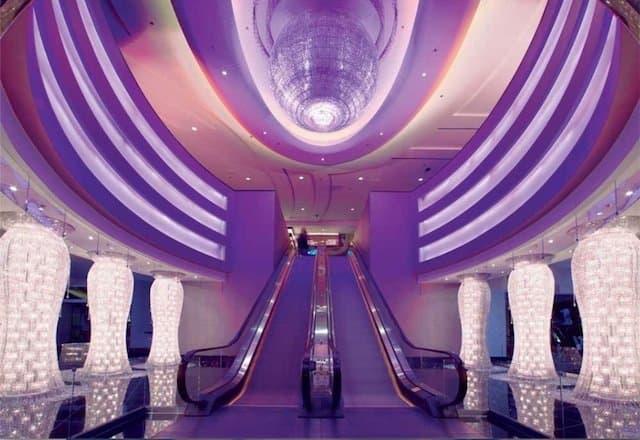 Planet Hollywood Las Vegas - unusual hotel lobbies on GlobalGrasshopper.com