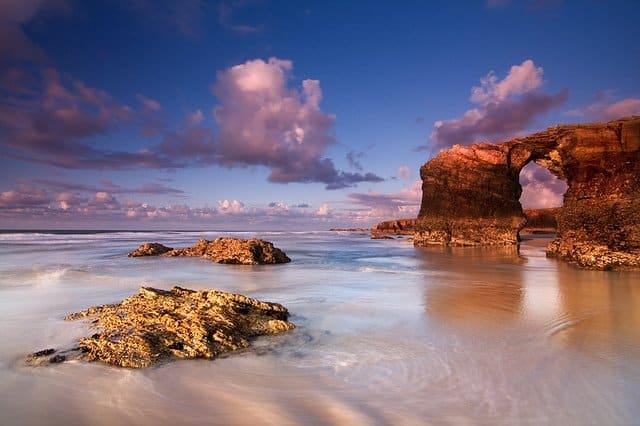 Playa de Las Catedrales - most beautiful beaches in Spain on GlobalGrasshopper.com