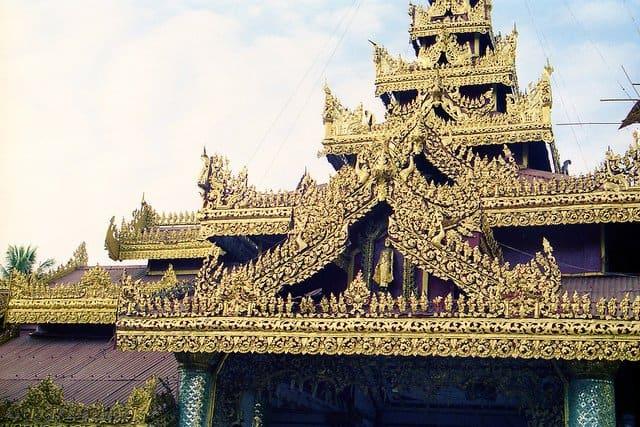 Sule Pagoda Burma on GlobalGrasshopper.com
