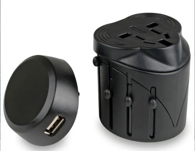 Universal Travel Adaptor - Travel Gadgets on GlobalGrasshopper.com