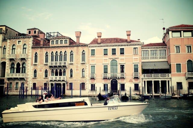 Venice Water Taxi - what to do in Venice on GlobalGrasshopper.com
