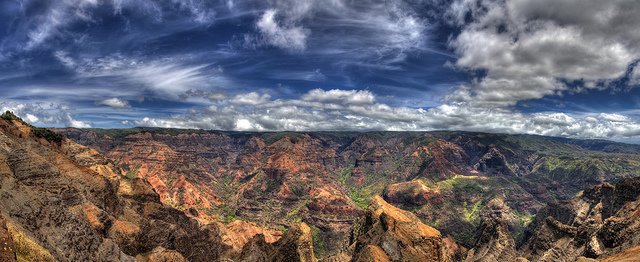 Waimea Canyon - Top 10 most beautiful places to visit in Hawaii on GlobalGrasshopper.com