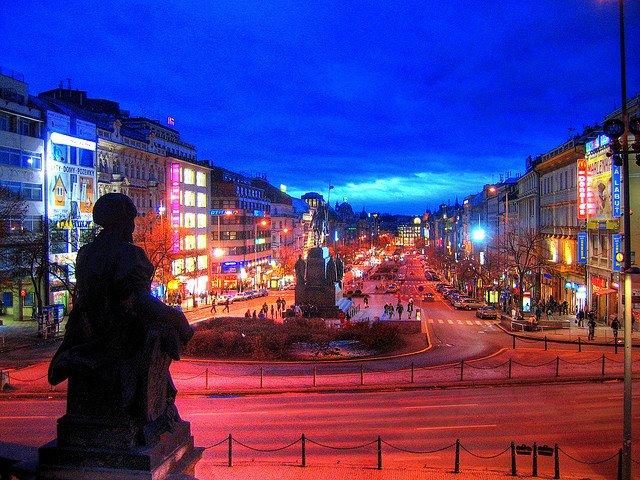 Wenceslas Square Prague - Seeing Prague on GlobalGrasshopper.com