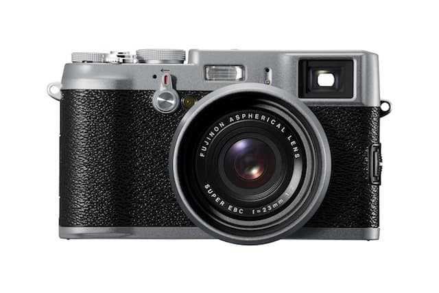 Fuji x100 - Travel gadgets on GlobalGrasshopper.com
