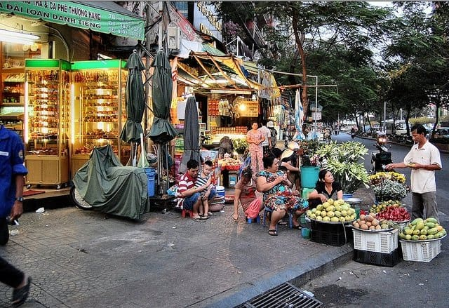 Ho Chi Minh City Shops - Life in Vietnam on GlobalGrasshopper.com