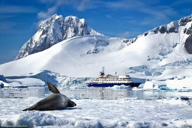 Antarctica-quark-expeditions - LowCost Holidays Travel Blog Competition