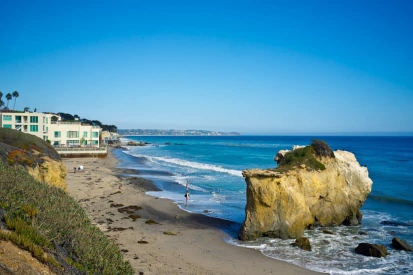 El Matador Beach - Southern California on GlobalGrasshopper.com
