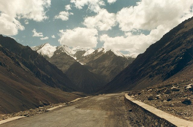 Karakoram Highway on GlobalGrasshopper.com