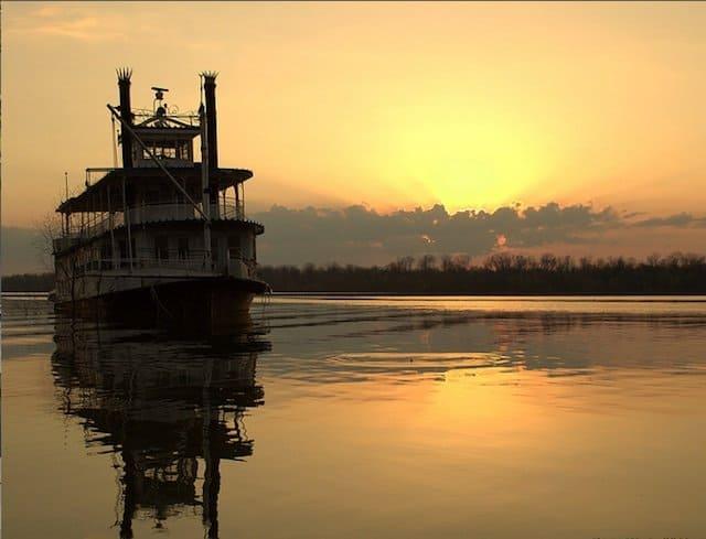 Mississippi River -things to do in Mississippi on GlobalGrasshopper.com