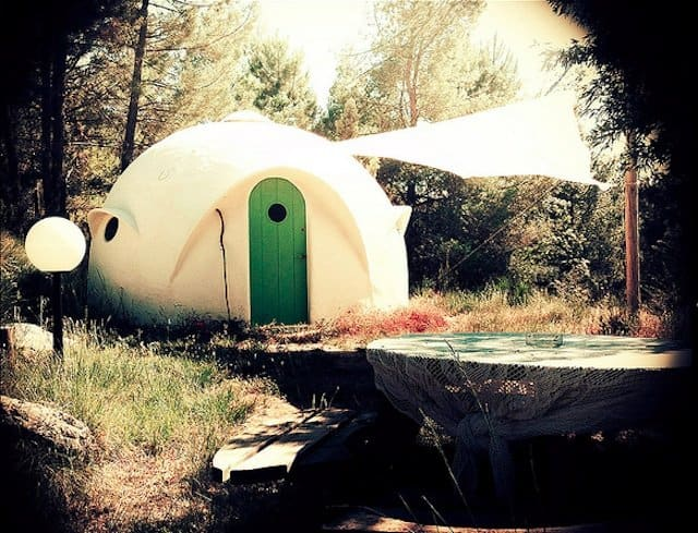 Otro Mundon - Unusual Campsites Europe on GlobalGrasshopper.com