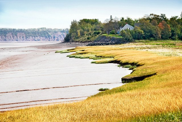 Bay of Fundy - most beautiful places to visit in Canada on GlobalGrasshopper.com