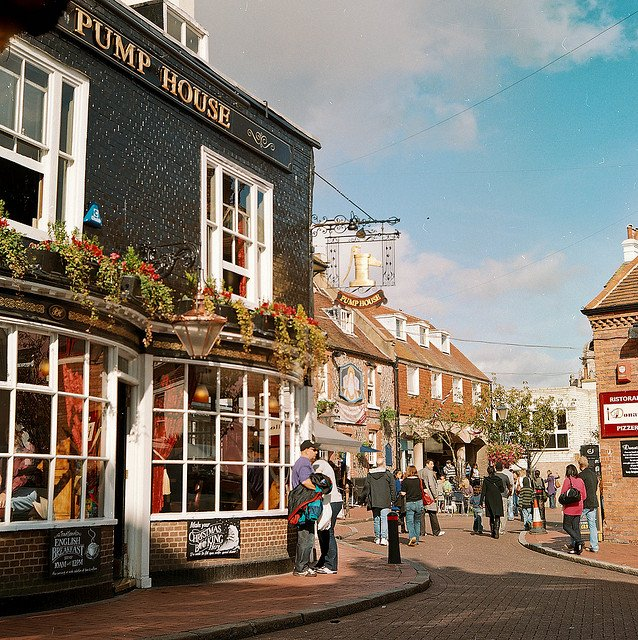 Brighton Lanes - prettiest shopping streets in Europe on GlobalGrasshopper.com