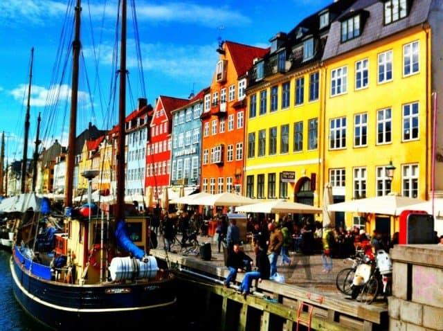 Copenhagen - cruising Copenhagen on GlobalGrasshopper.com
