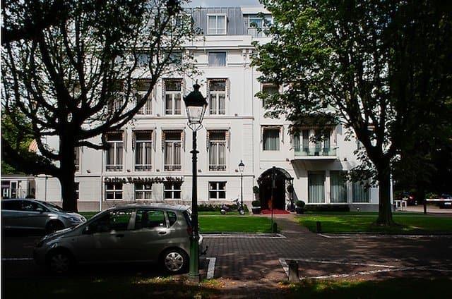Divorce Hotel - world's most unusual hotels on GlobalGrasshopper.com