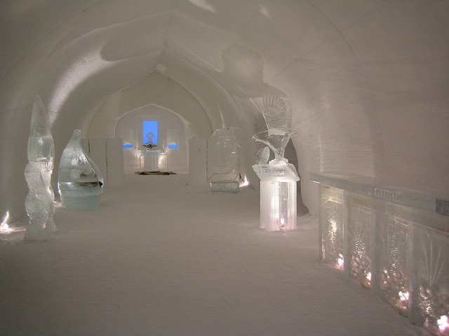 Hotel Kakslauttanen, Arctic - strange hotels on GlobalGrasshopper.com