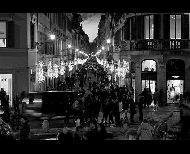 Via Condotti Rome - most beautiful shopping streets Europe on GlobalGrasshopper.com