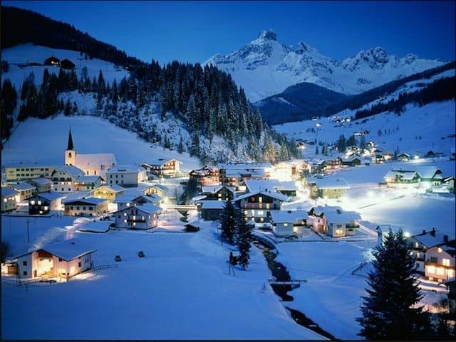 Beautiful Christmassy Destinations