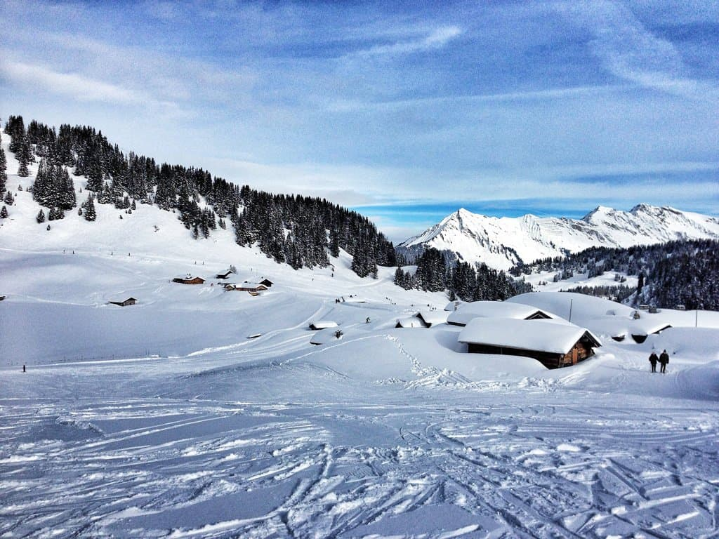 Skiing in Villars