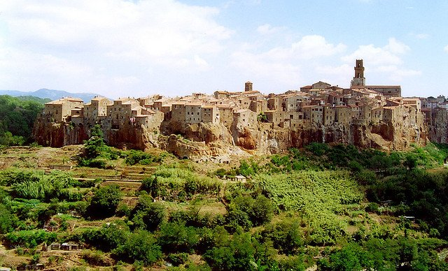 Pitigliano - prettiest towns in Europe