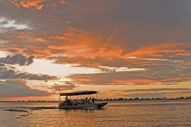 RIVER SAFARI Boat cruise on GlobalGrasshopper.com