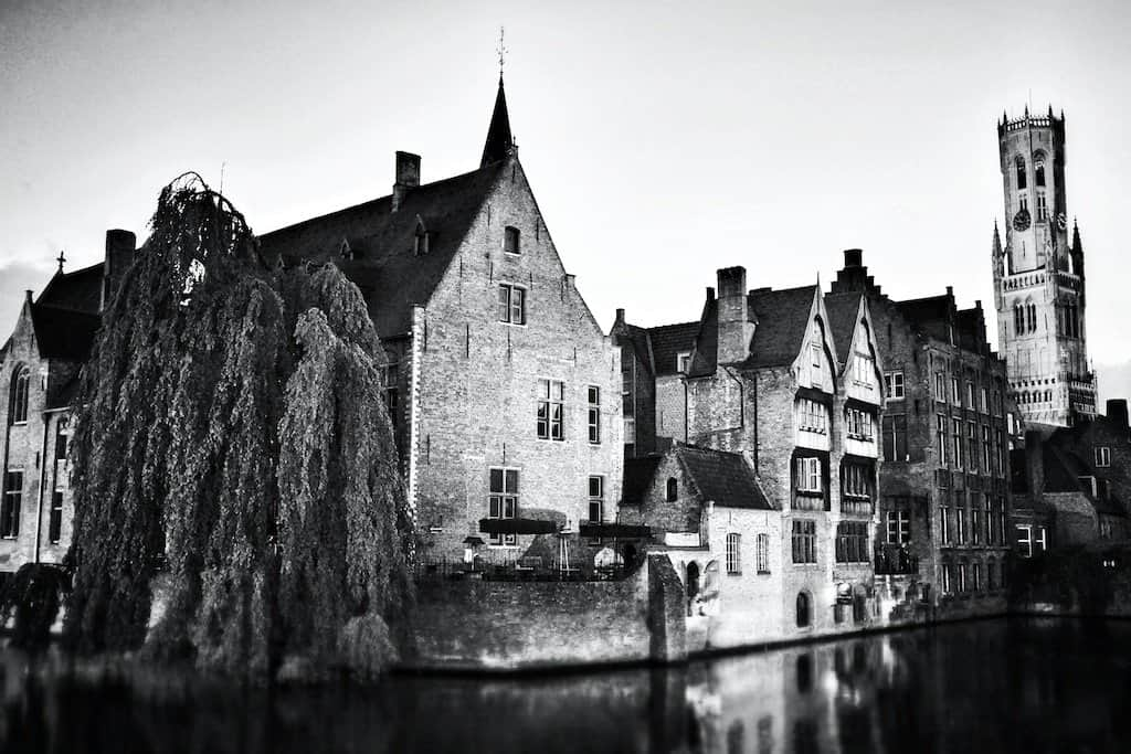 Brugges Black and white