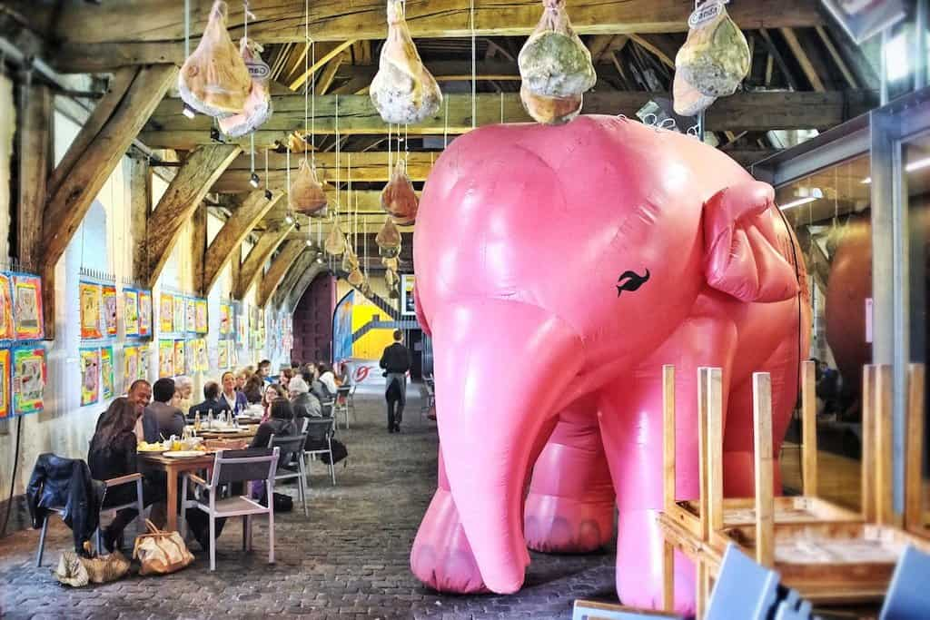 Ghent quirky restaurant elephant