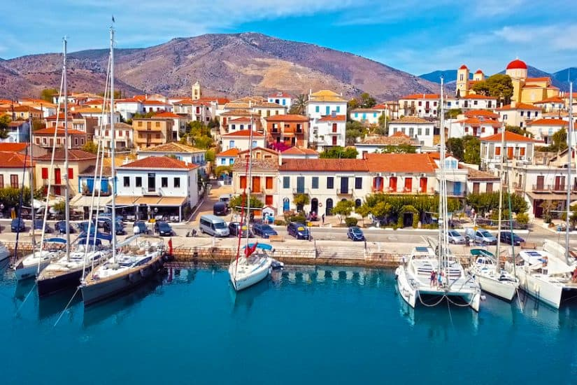 Top 10 of the prettiest unspoilt villages in Greece