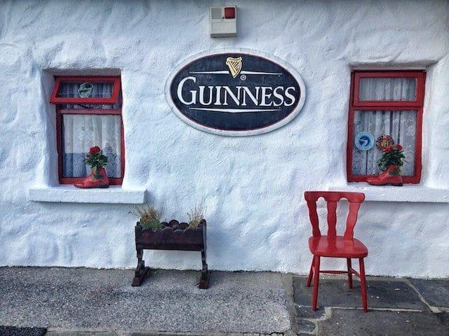 Pub sign Ireland