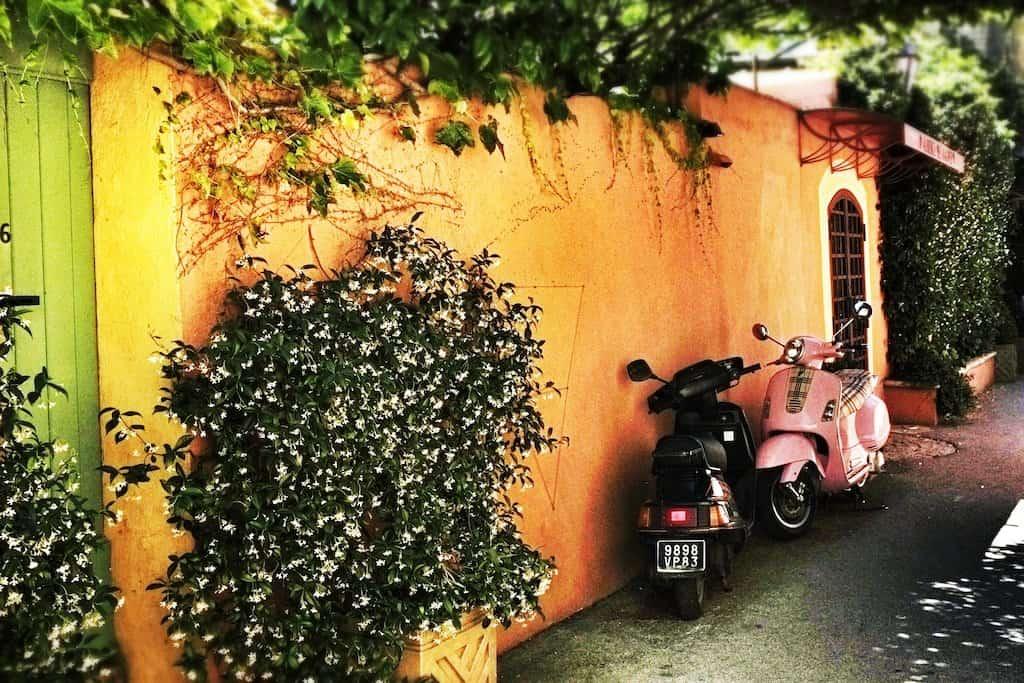 St-Tropez-moped