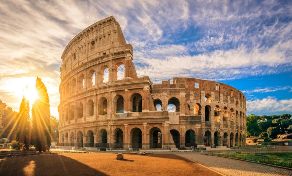 Colosseum - beautiful places to visit in Rome