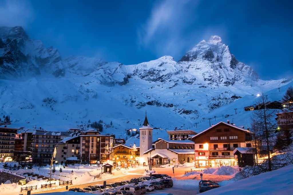 Top 10 of the best party ski resorts in Europe Global Grasshopper