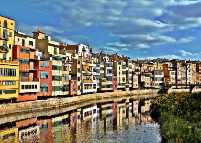 Exploring Catalonia - beautiful Girona and Costa Brava