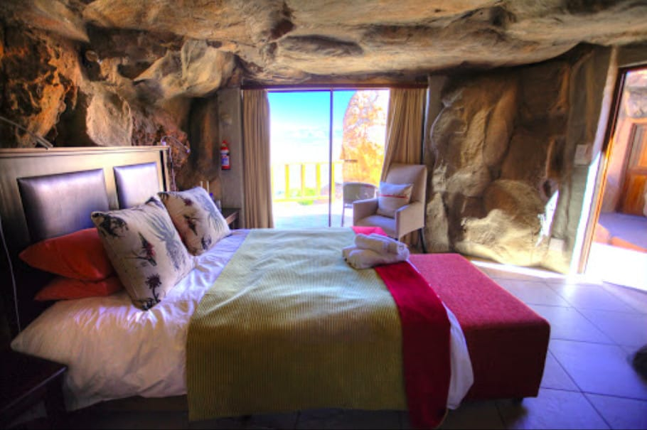 Hotel built into the cliff in Cape Town