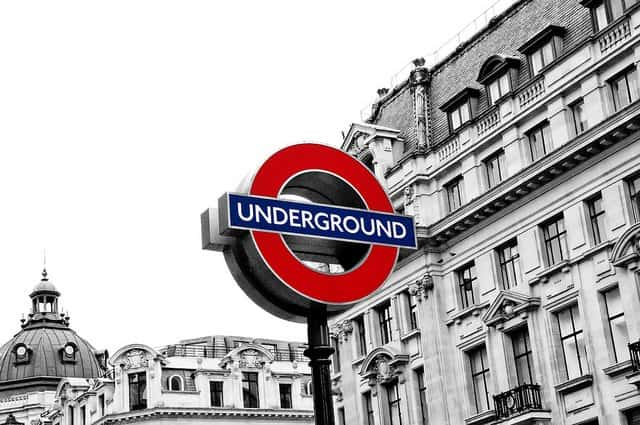 Visiting London's palaces by tube Global Grasshopper