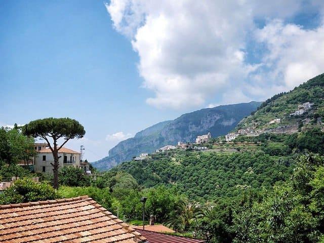 Ravello hills