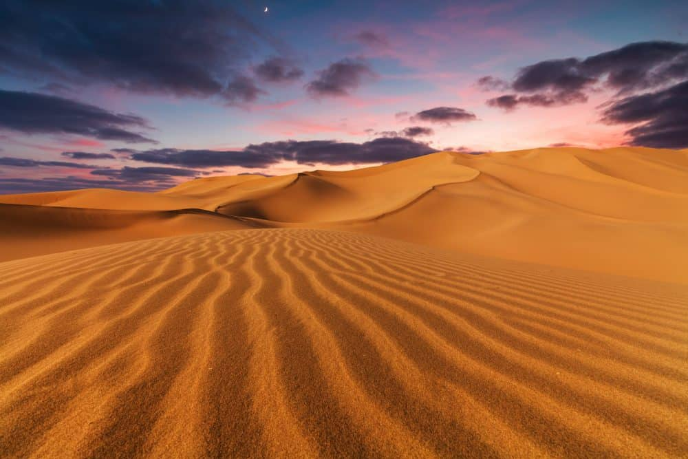 Sahara Desert - great places to visit in Tunisia