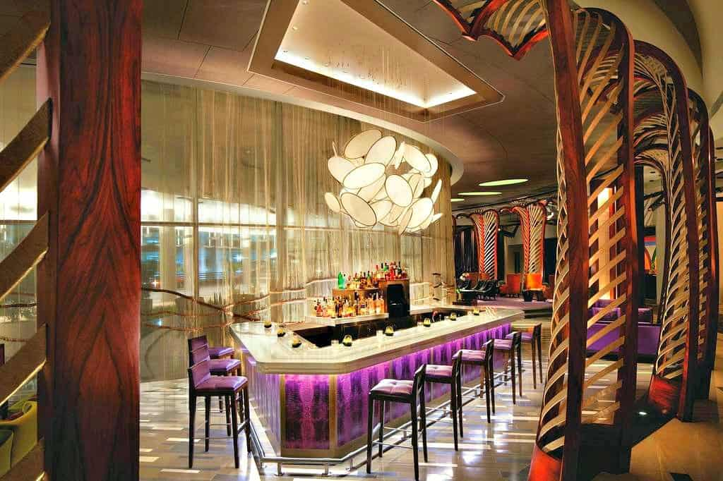 Cool Las Vegas Vdara Hotel and Spa u cutting edge boutique