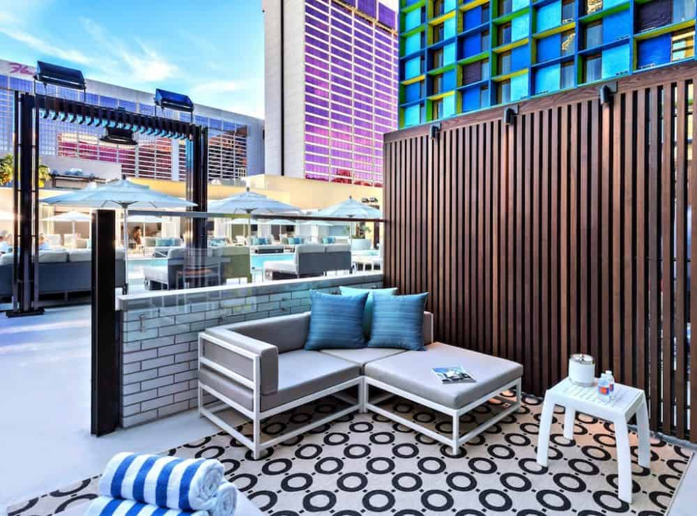 The LINQ Hotel - high-tech decadence