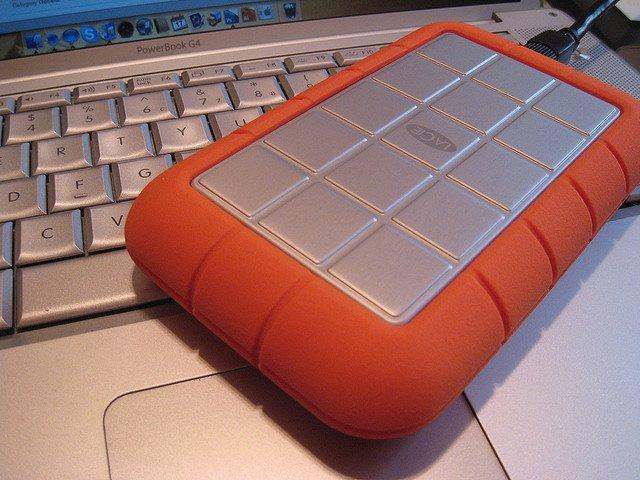 Essential tech kit for a travel blogging geek Global Grasshopper