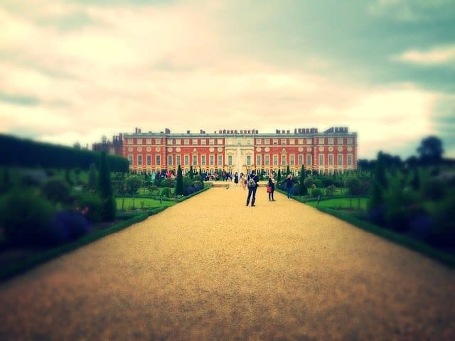 In pictures: summer at Hampton Court Palace gardens Global Grasshopper