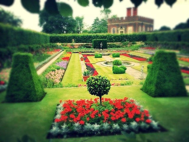 Hampton Court house