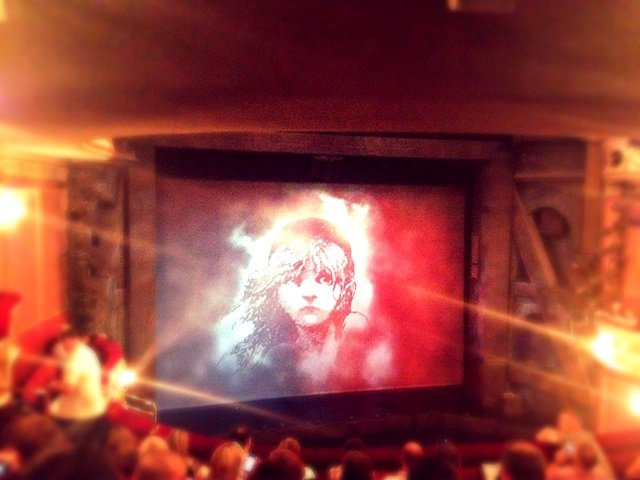 Les Misérables - a London VIP show and tour Global Grasshopper