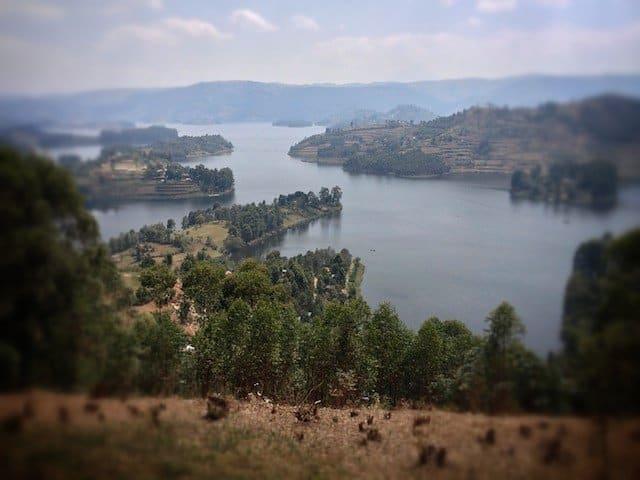 Uganda-Lake-View