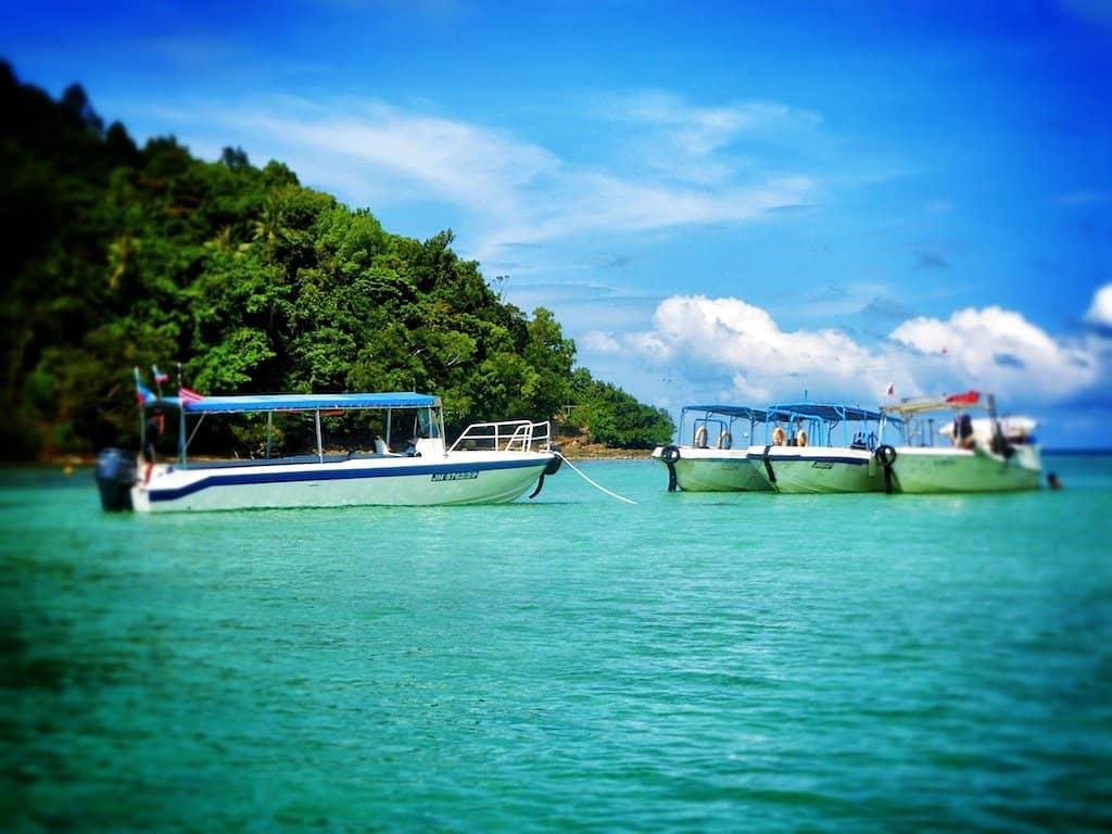 Boats Gaya Island