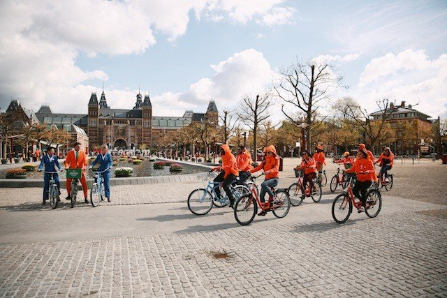 6 reasons why you should stay in Amsterdam on King's Day Global Grasshopper